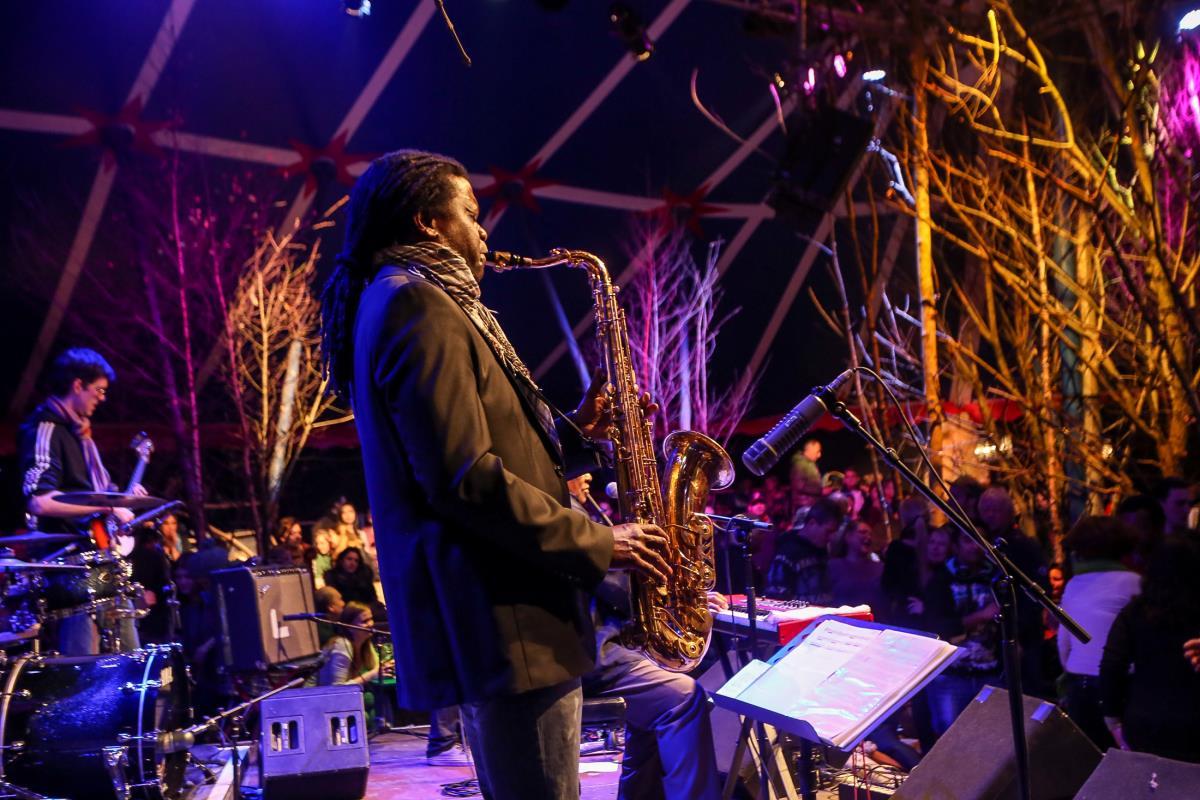Musiker auf dem Tollwood