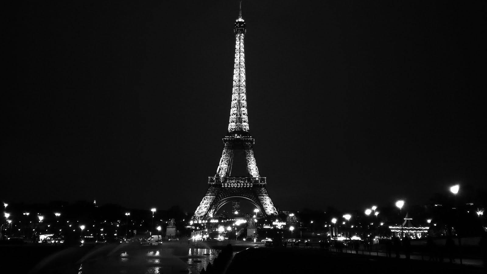 Eiffelturm bei Nacht by Heidi
