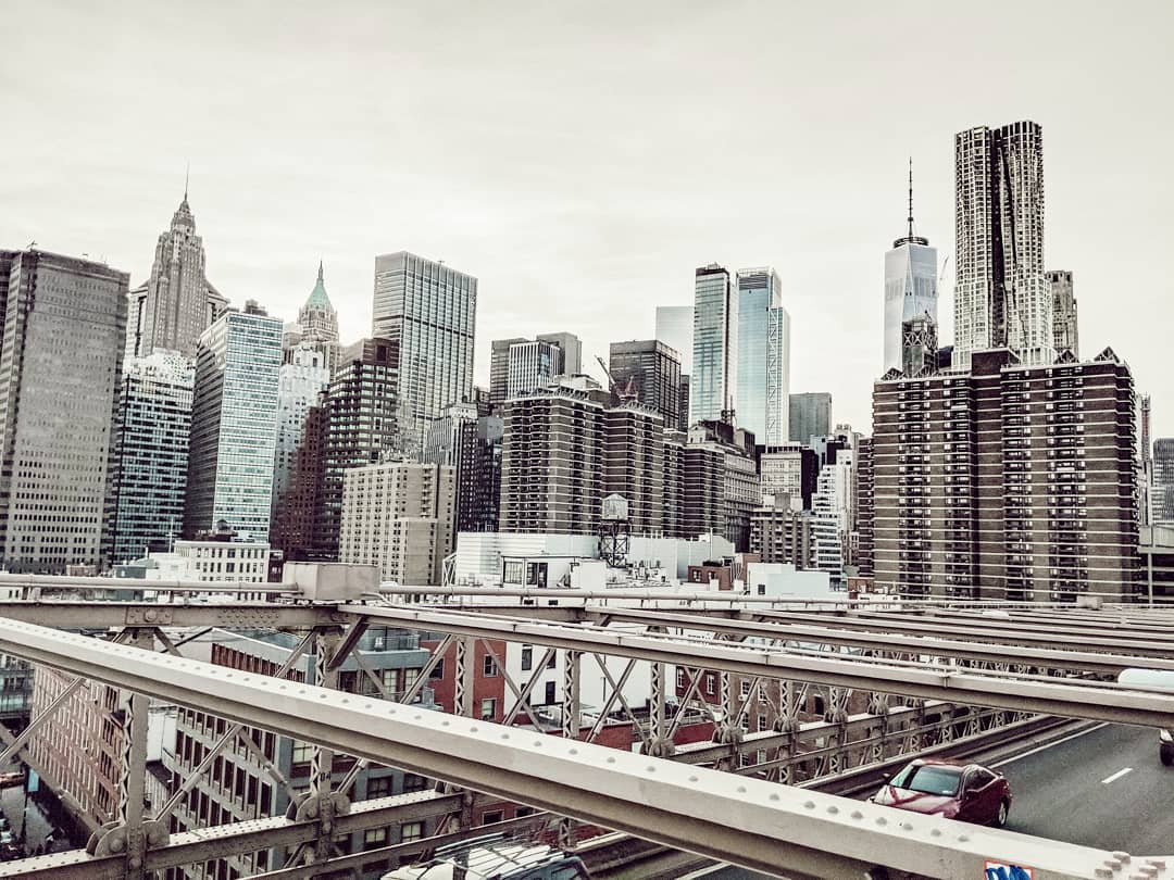 New York Skyline von der Brooklyn Bridge aus
